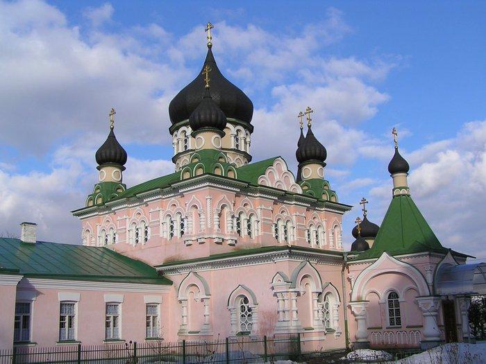 Киев.  Покровский собор Свято-Покровского женского монастыря.  (700x525, 78Kb) .