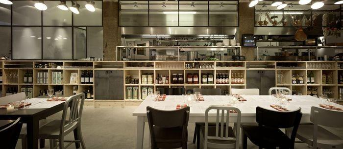 Интерьер итальянского ресторана Mazzo 2 (700x306, 55Kb)