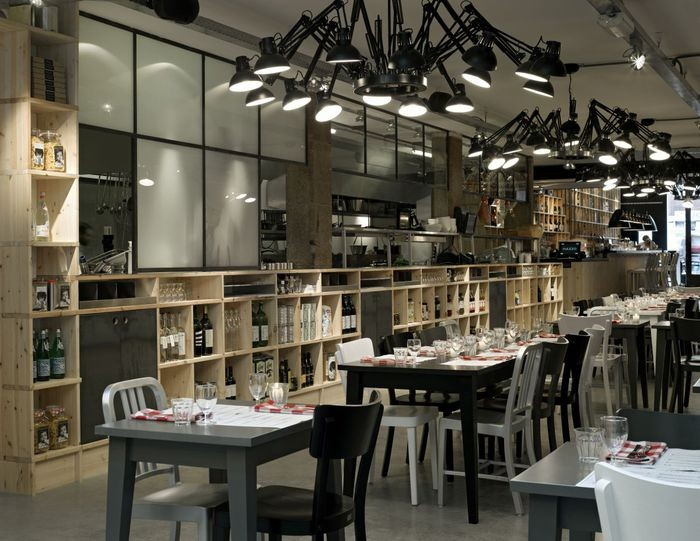Интерьер итальянского ресторана Mazzo 10 (700x541, 93Kb)