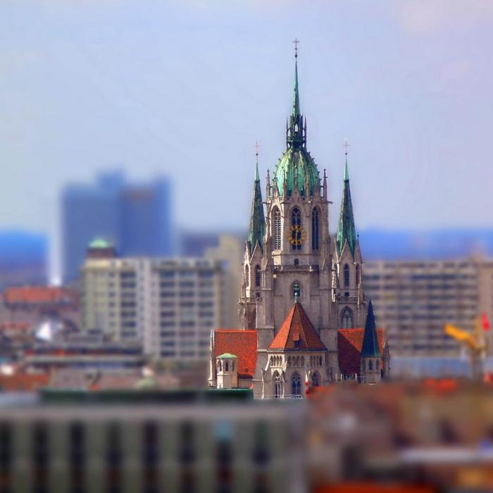 фотографии городов Tilt-Shift 11 (700x700, 210Kb)
