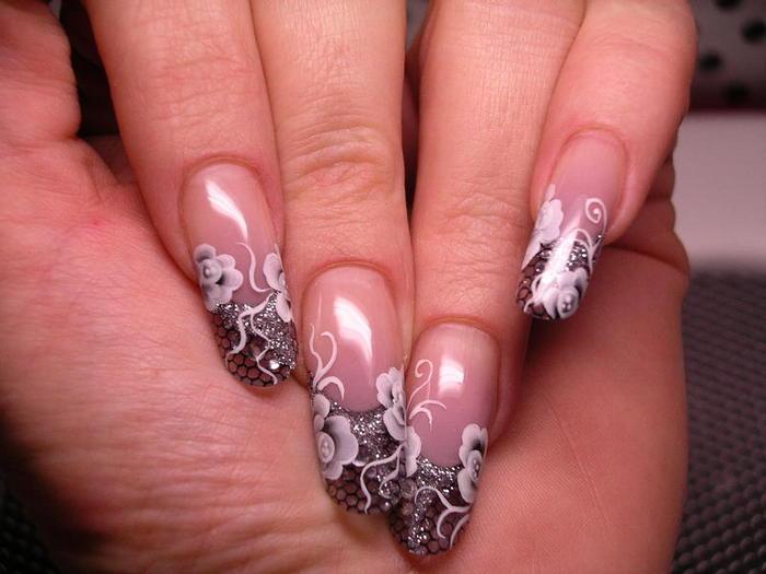 Праздничные дизайны ногтей
