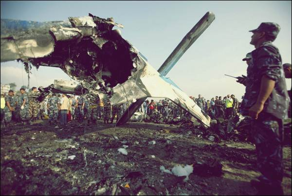 nepal crash4 (600x402, 42Kb)