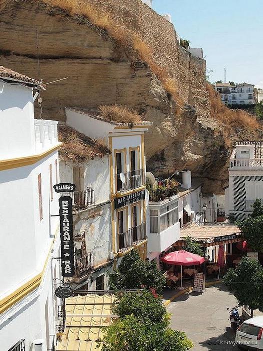 Сетениль-де-лас-Бодегас (525x700, 373Kb)