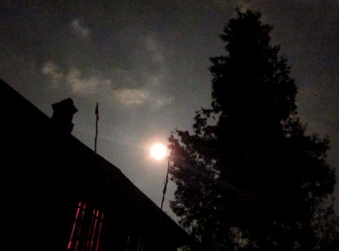 01 2012 09 Таруса Луна (700x518, 71Kb)