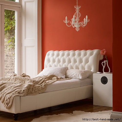 bedroom,orange,shabby,chic,white,bed,interior,design-f9d5cb3a533e69e012d796bb779cb56f_h (500x500, 120Kb)