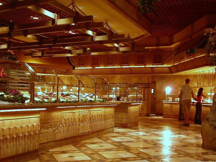 Отель Luxor hotel и Casino, Las Vegas - Пожить в пирамиде. 77475