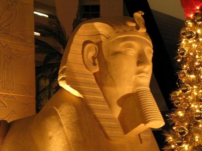Отель Luxor hotel и Casino, Las Vegas - Пожить в пирамиде. 19908