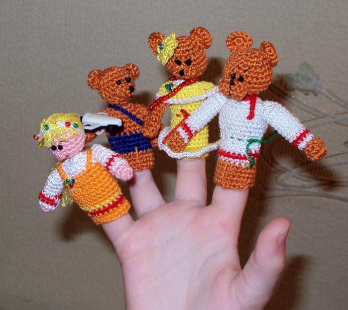 Как связать кукольный театр на пальцы