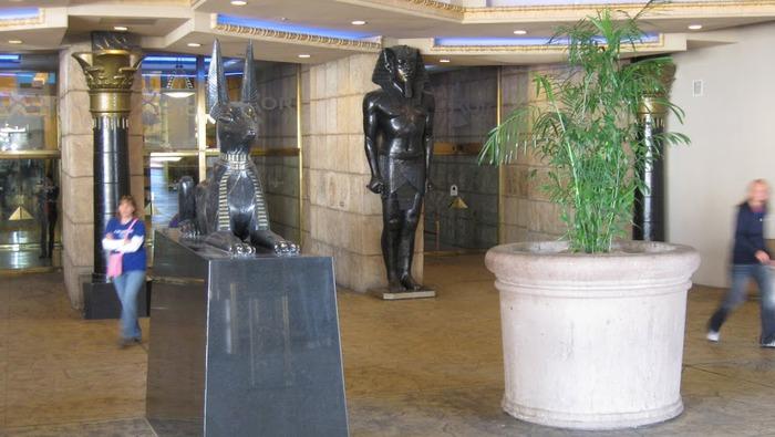 Отель Luxor hotel и Casino, Las Vegas - Пожить в пирамиде. 71268