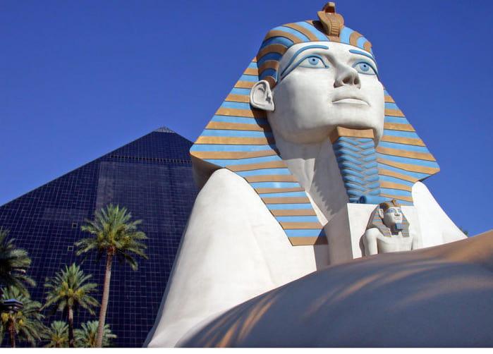 Отель Luxor hotel и Casino, Las Vegas - Пожить в пирамиде. 63093