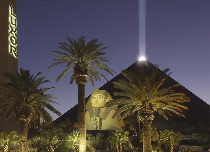 Отель Luxor hotel и Casino, Las Vegas - Пожить в пирамиде. 63656