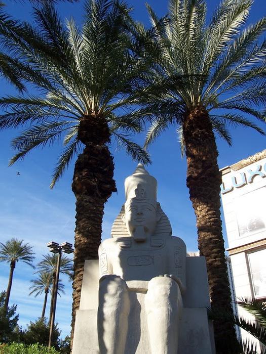 Отель Luxor hotel и Casino, Las Vegas - Пожить в пирамиде. 61729