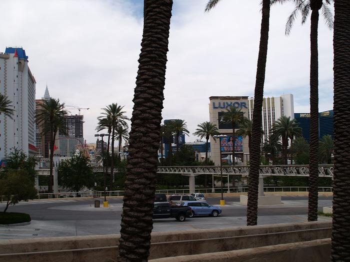 Отель Luxor hotel и Casino, Las Vegas - Пожить в пирамиде. 14748