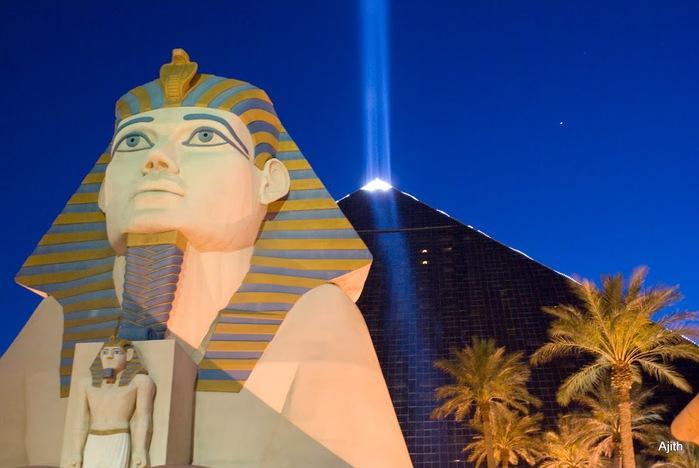 Отель Luxor hotel и Casino, Las Vegas - Пожить в пирамиде. 37489