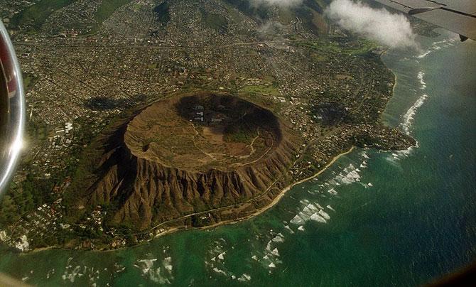 кратер потухшего вулкана Даймонд Хед фото (670x404, 91Kb)