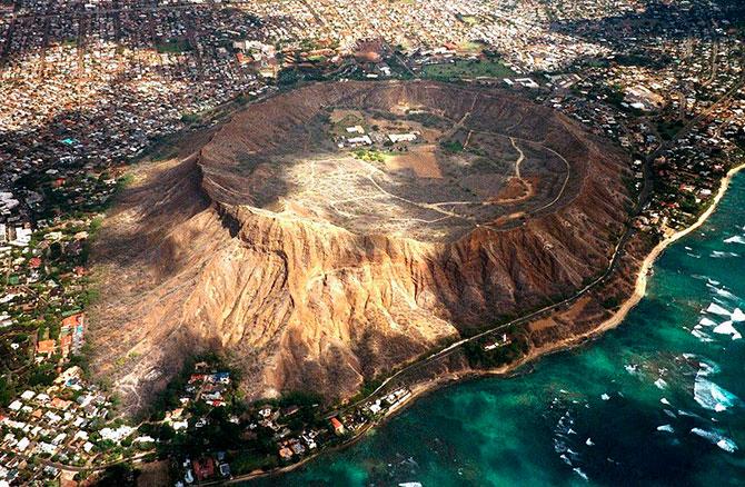 кратер потухшего вулкана Даймонд Хед фото 2 (670x438, 148Kb)