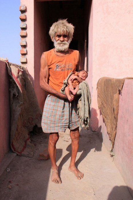 старик с ребенком (465x700, 306Kb)