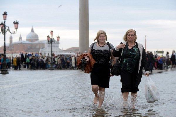 венеция тонет фото 5 (600x400, 41Kb)
