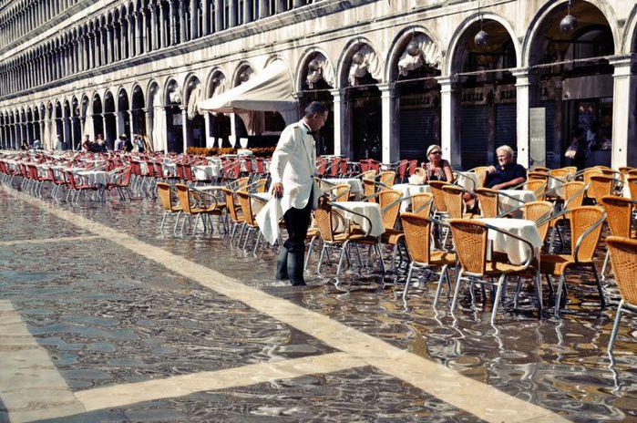 венеция тонет фото 13 (700x464, 104Kb)