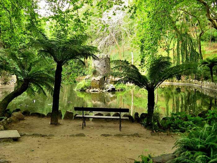 sintra-da-pena-palace-garden-portugal (700x525, 96Kb)