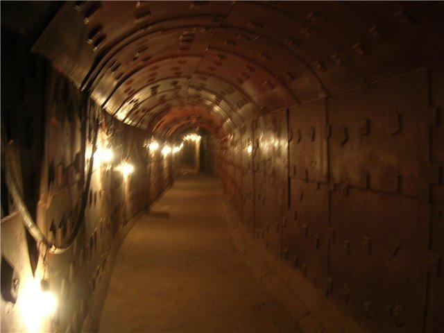 65 метров под землю (640x480, 42Kb)