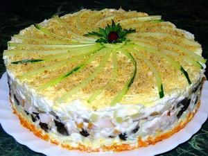 Слоеный закусочный торт с копчёной курицей (300x225, 41Kb)