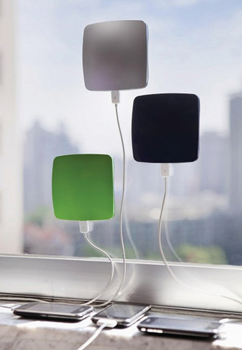 Window Cling Solar Charger (484x700, 131Kb)