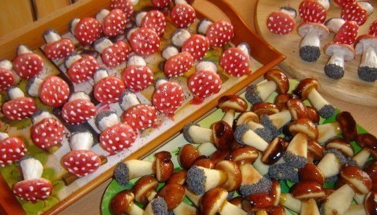 Печеньки-грибочки (548x313, 61Kb)
