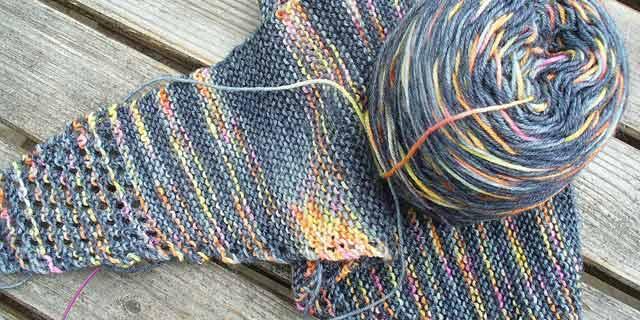 треугольный шарф Бактус