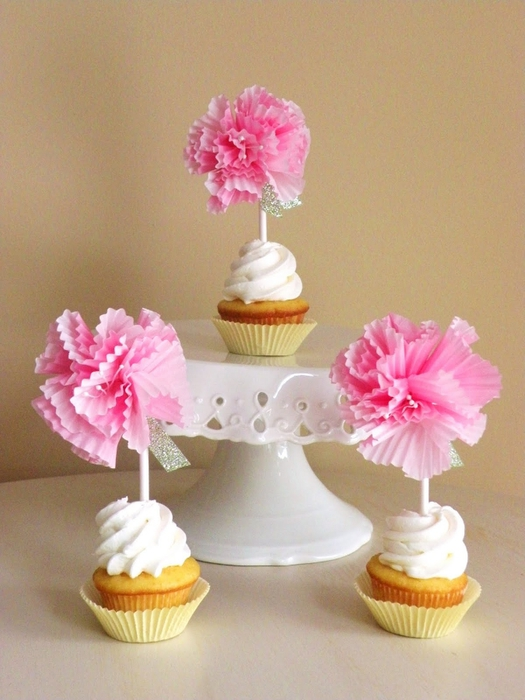 diy cupcake liner flags 037 (525x700, 248Kb)