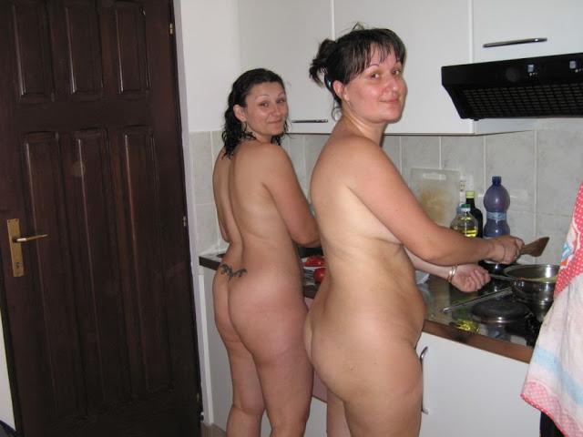 Tven.Ru Порно фото Инцест Мамы и дочки скачать на телефон бес