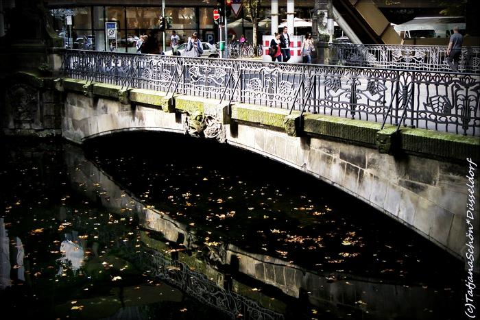 Открытка с приветом из Дюссельдорфа самым приятным экскурсантам октября Ю+Д:-)