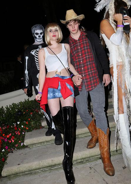 Хэллоуин-2012: первые костюмы звезд