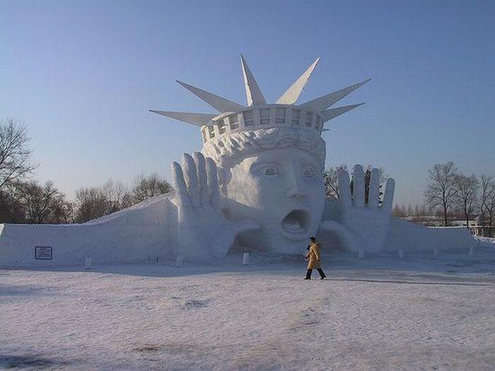 1291710766_snow_sculptures_-38 (700x524, 50Kb)