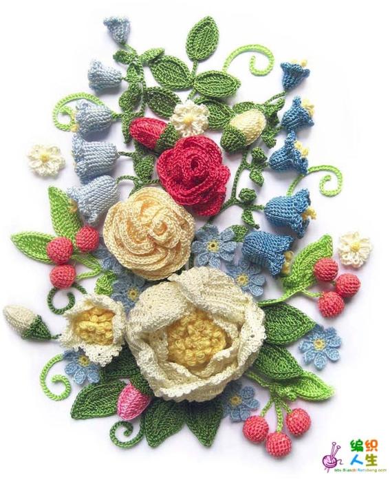 Элементы ирландского кружева: Цветы и листья связанные крючком.