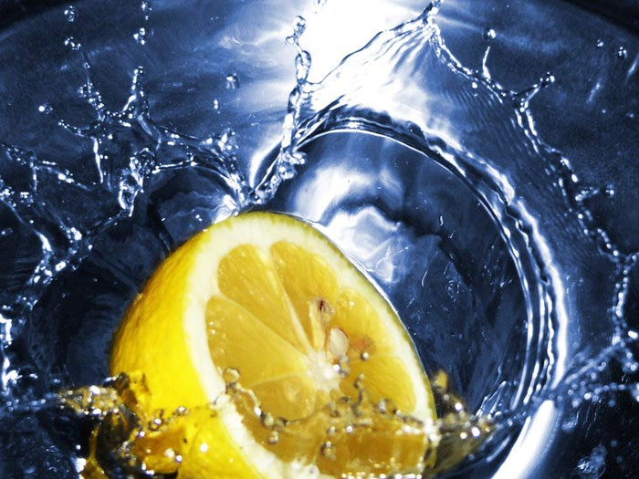 Benefits-of-Lemon-Water (700x525, 90Kb)