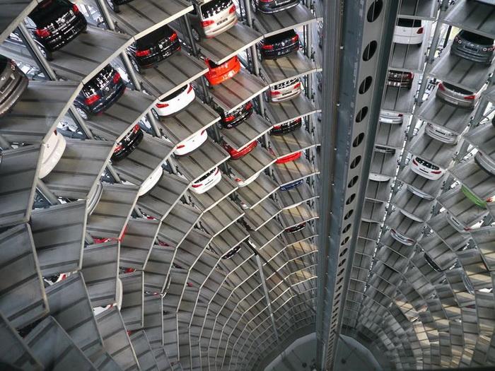 центр доставки автомобилей (700x525, 180Kb)