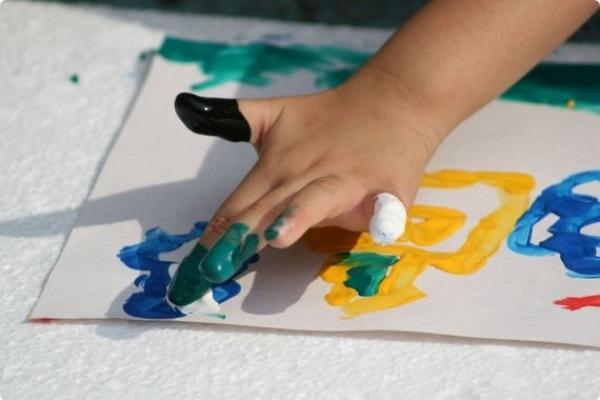 пальчиковые краски (600x400, 124Kb)