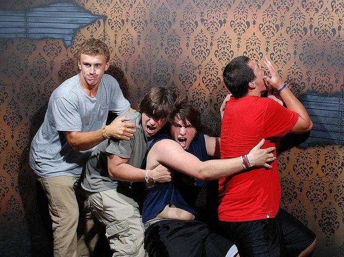 смешные фото людей фабрика страха 9 (680x509, 106Kb)