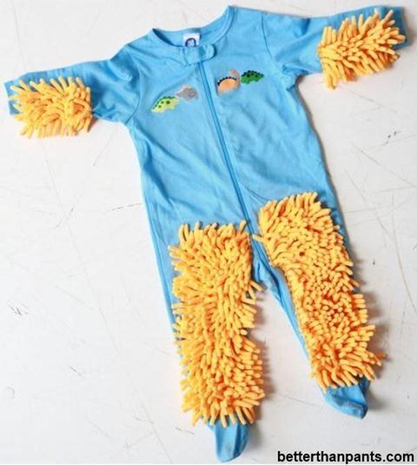 Детский костюмчик-швабра изобретен в США. Фотографии