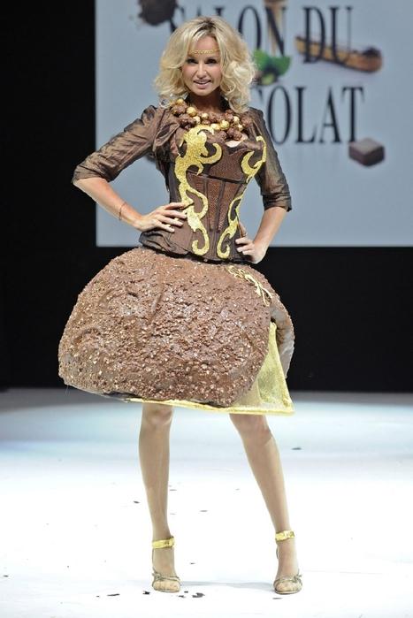 ярмарка шоколада в париже фото (467x700, 200Kb)