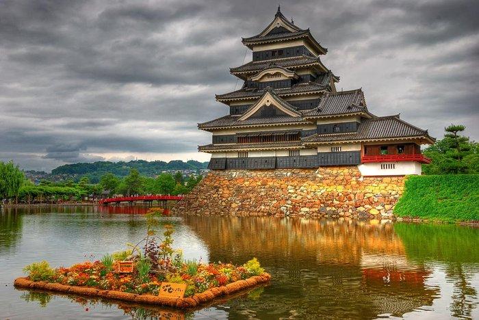 1248211041_matsumoto-castle2 (700x468, 92Kb)