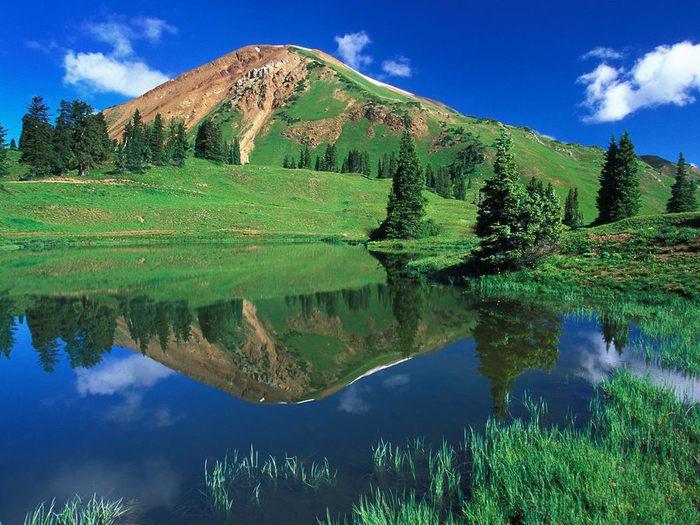 Nature Green Mountain[1] (700x525, 90Kb)