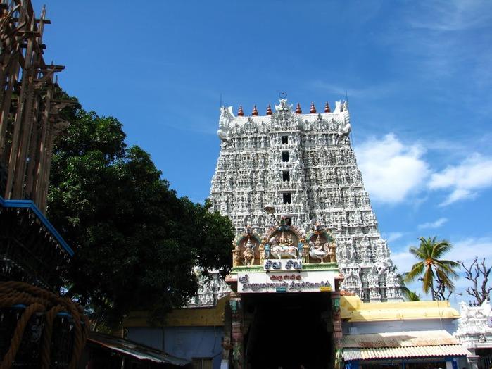 Сучиндрам (Suchindram temple) – храм всех Учителей. 78261