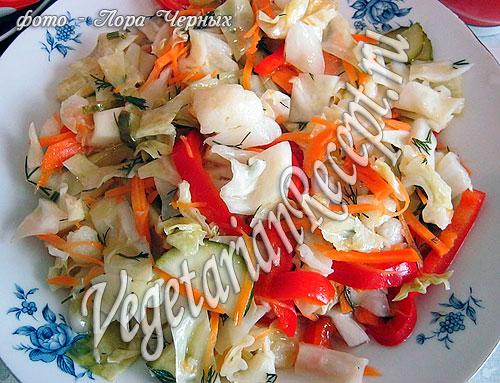 Состав.  1 вилок белокочанной капусты 1 вилок цветной капусты 2-3 небольших морковки 2 красных сладких перца 1 желтый...