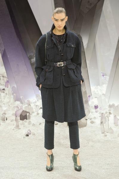 Chanel-RF12-0008_catwalk_slideshow (399x600, 60Kb)