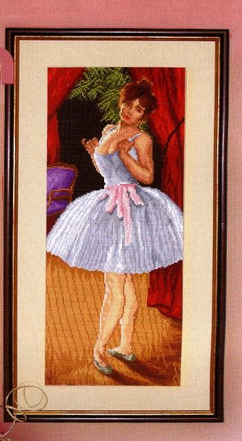 Вышивка крестом танцовщица
