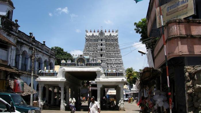Сучиндрам (Suchindram temple) – храм всех Учителей. 76618