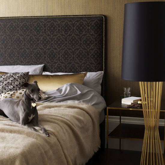 4497432_goldentrenddecoratingbedroomdetails6 (550x550, 79Kb)