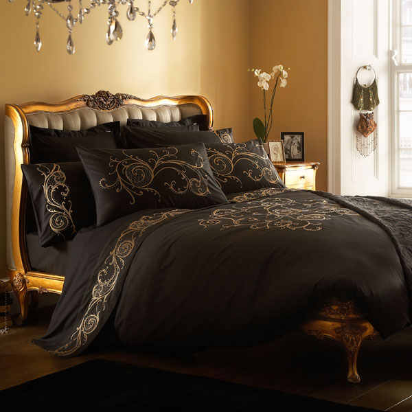 4497432_goldentrenddecoratingbedroomcombocolors1 (600x600, 72Kb)